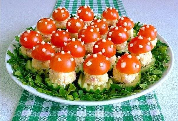Салаты рецепты простые и вкусные с кальмаром консервированным